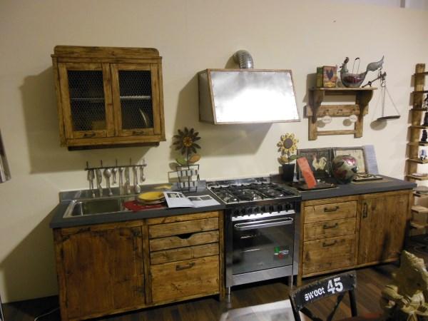 I Tesori D\'Oriente Mobili Etnici: Cucina di nostra produzione ...